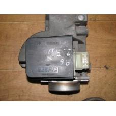 Расходомер воздуха Audi A6 C4